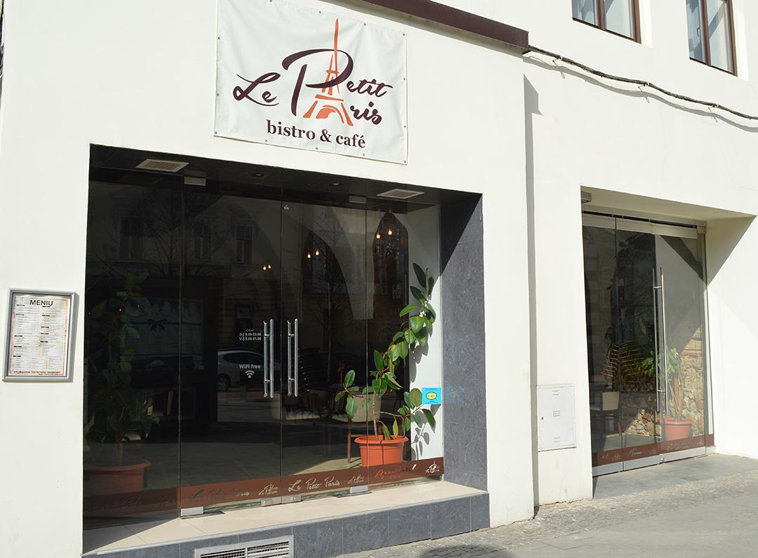 Le petit paris caf work in cluj for Le petit salon paris